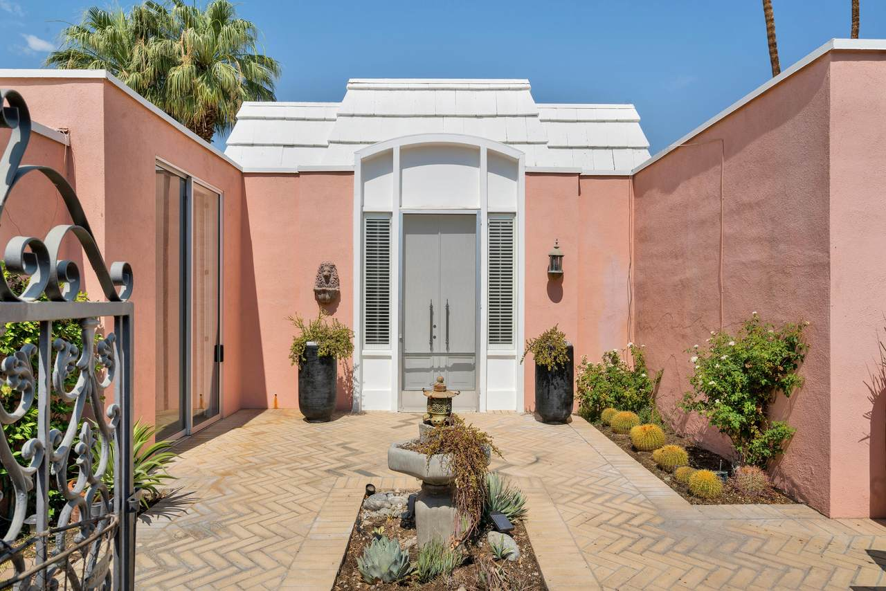47491 Marrakesh Drive - Photo 1