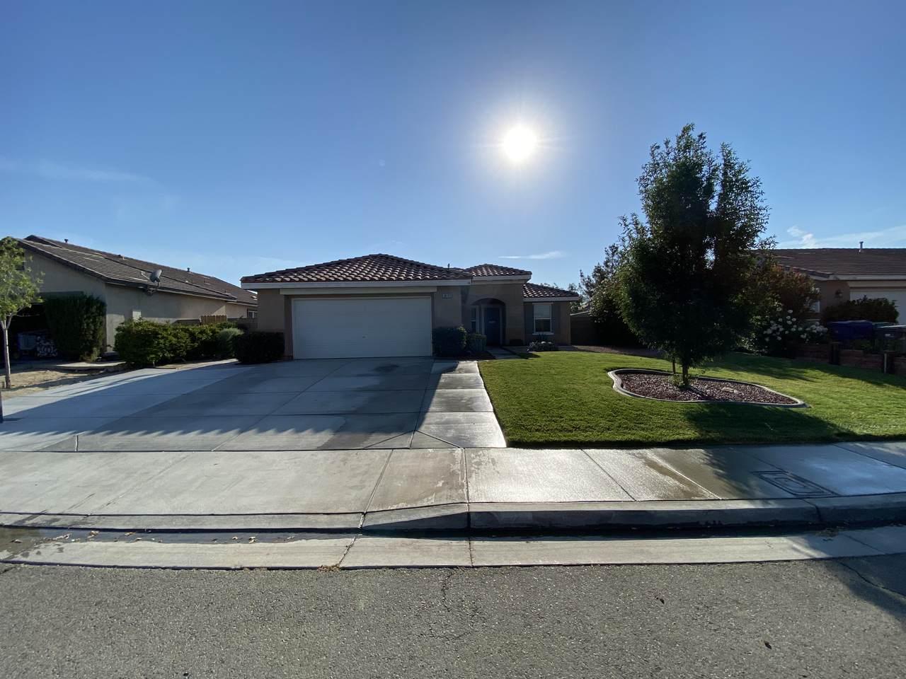 38161 Cima Mesa Drive - Photo 1