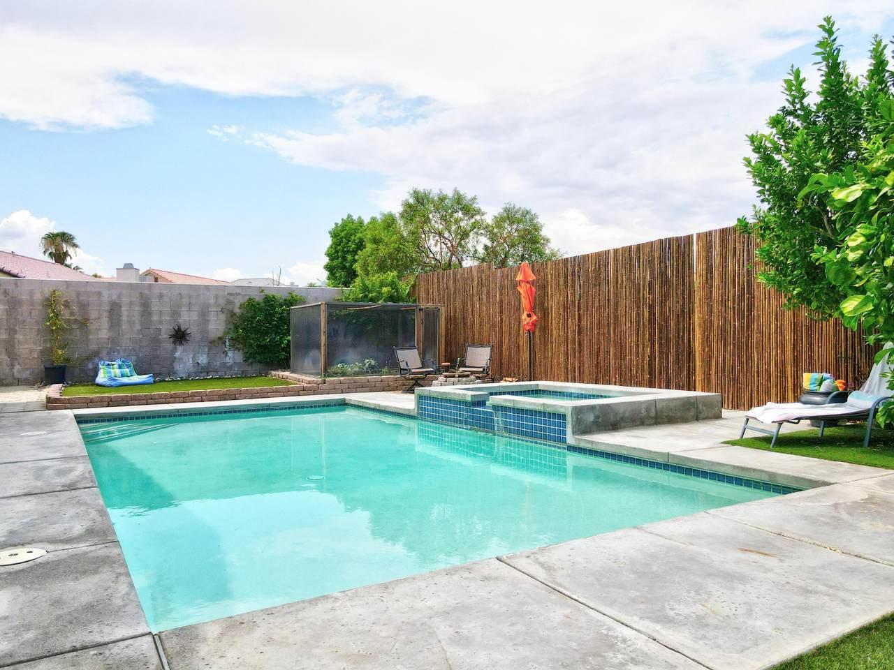68870 Los Gatos Road - Photo 1