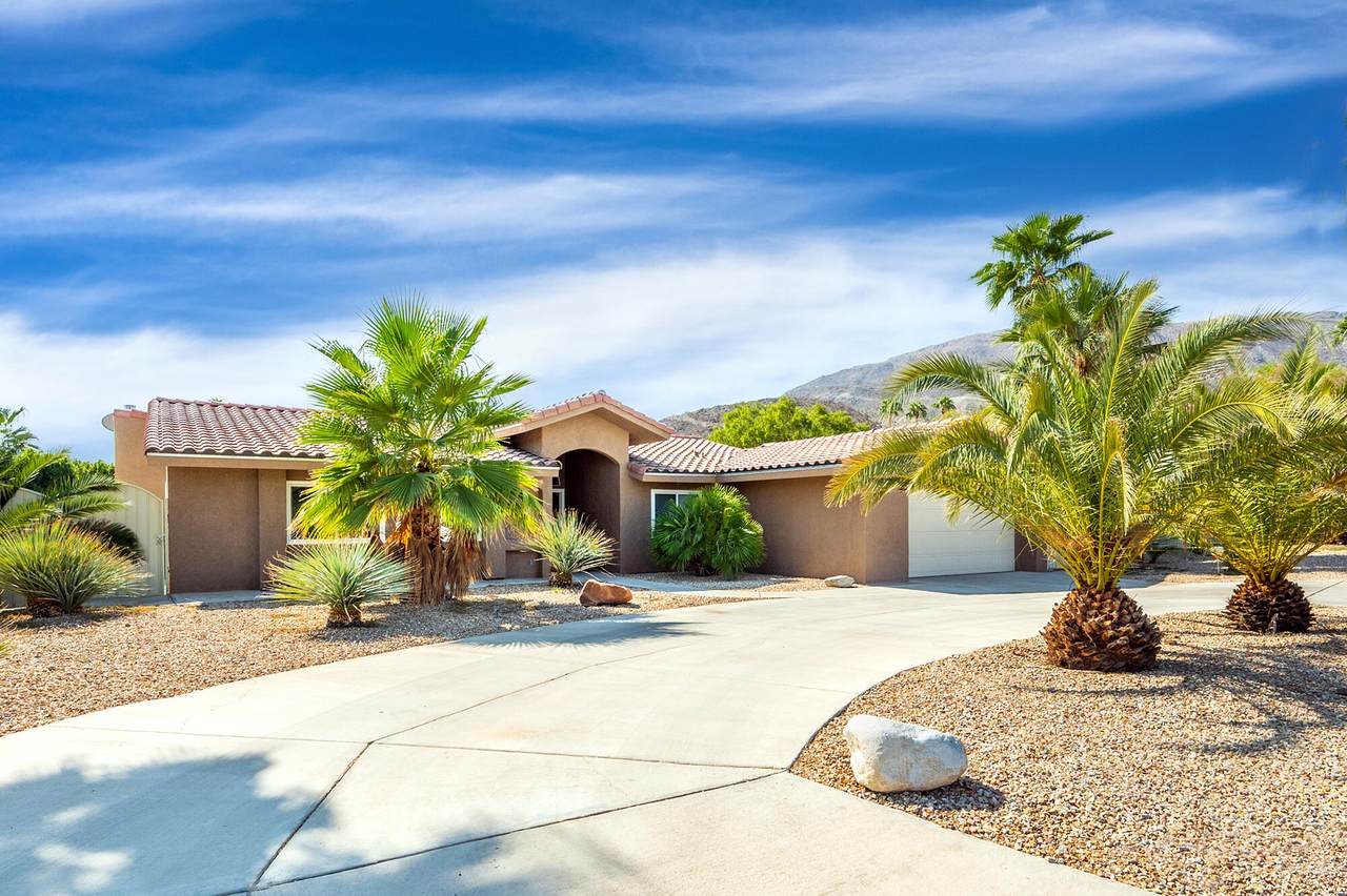 72139 Desert Drive - Photo 1