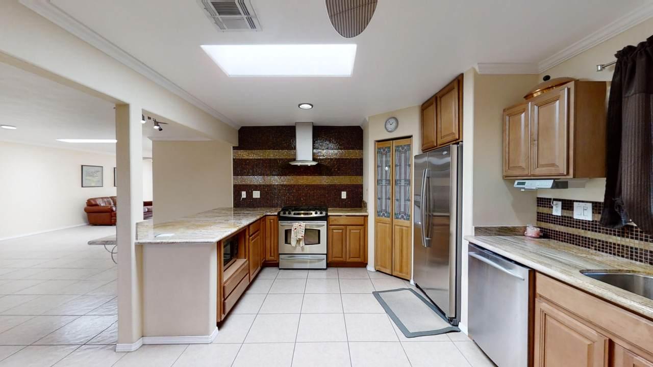 44821 Santa Ynez Avenue - Photo 1