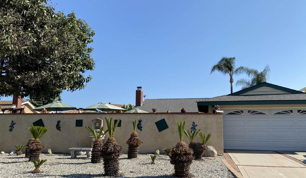 3863 Valle Vista Drive - Photo 1