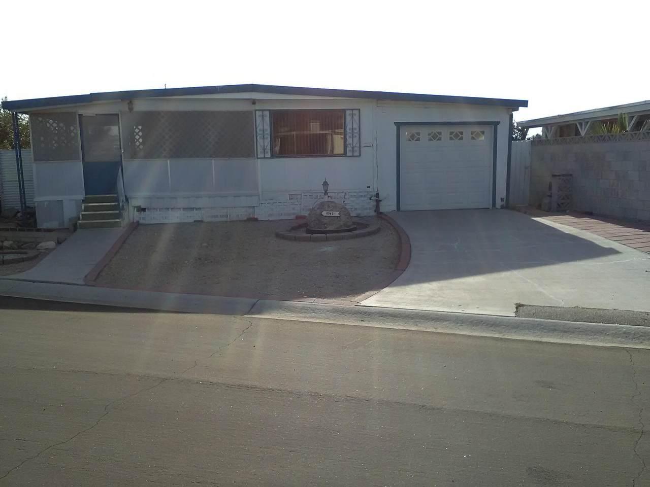 69421 Poolside Drive - Photo 1
