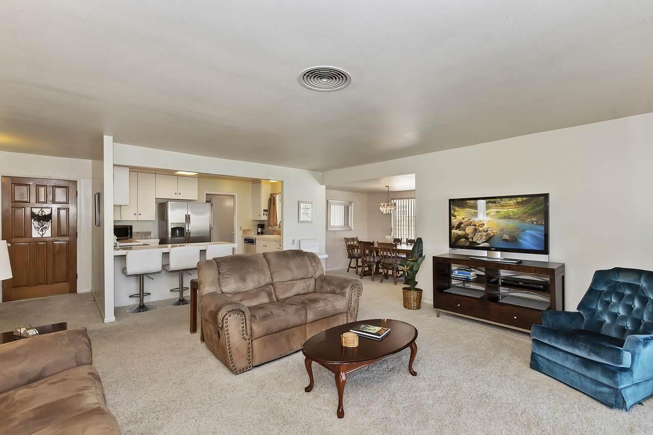 42995 Texas Avenue - Photo 1