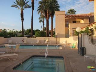 69130 Gerald Ford Drive #18, Cathedral City, CA 92234 (MLS #17214408PS) :: Brad Schmett Real Estate Group