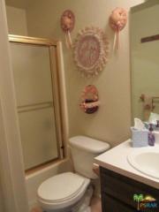 2825 N Los Felices Road #202, Palm Springs, CA 92262 (MLS #17214850PS) :: Brad Schmett Real Estate Group