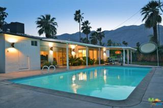 2070 E Paseo Gracia, Palm Springs, CA 92262 (MLS #17223504PS) :: Brad Schmett Real Estate Group