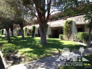 685 N Ashurst Court H102, Palm Springs, CA 92262 (MLS #17217942PS) :: Brad Schmett Real Estate Group