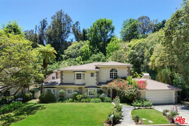 931 Moraga Drive, Los Angeles (City), CA 90049 (MLS #17243060) :: The John Jay Group - Bennion Deville Homes