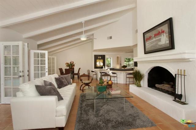 1550 E Twin Palms Drive, Palm Springs, CA 92264 (MLS #17252026PS) :: Brad Schmett Real Estate Group