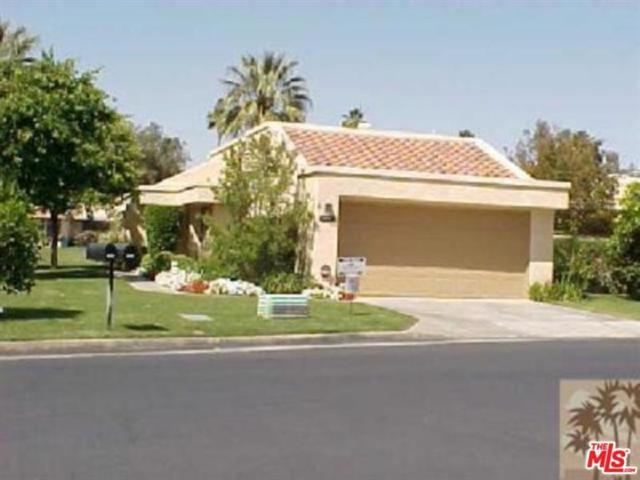 7526 Regency Drive, Palm Springs, CA 92264 (MLS #17254918) :: Hacienda Group Inc