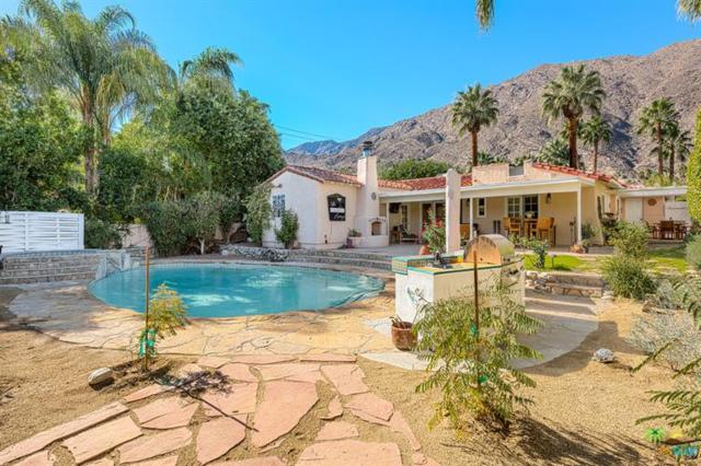 1842 S Mesa Drive, Palm Springs, CA 92264 (MLS #17258538PS) :: Brad Schmett Real Estate Group