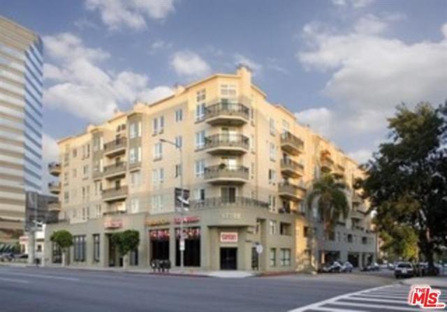 12222 Wilshire Ph7, Los Angeles (City), CA 90025 (MLS #17261782) :: Team Michael Keller Williams Realty