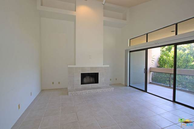 919 Village Square South Square, Palm Springs, CA 92262 (MLS #19496402) :: The Sandi Phillips Team