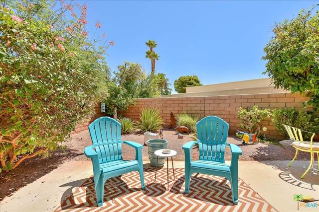 2900 Sunflower Circle W, Palm Springs, CA 92262 (MLS #19500912) :: The John Jay Group - Bennion Deville Homes