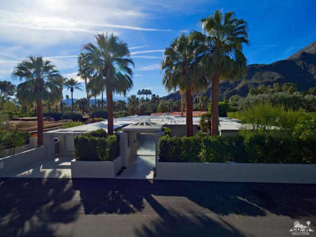 521 W Via Lola, Palm Springs, CA 92262 (MLS #217003288) :: Brad Schmett Real Estate Group