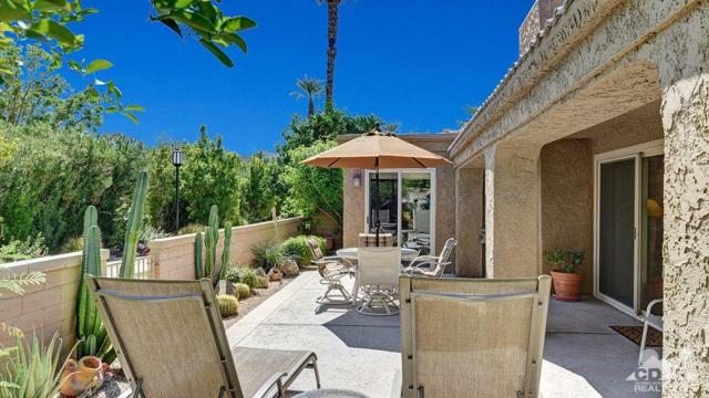 44711 Monaco Circle, Palm Desert, CA 92260 (MLS #217024770) :: Brad Schmett Real Estate Group