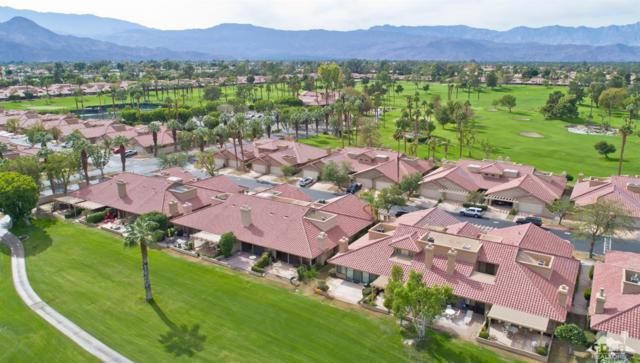 41356 E Woodhaven Drive E, Palm Desert, CA 92211 (MLS #217029924) :: Brad Schmett Real Estate Group