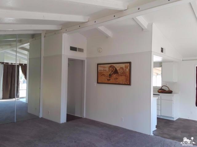 525615 Eisenhower Drive, La Quinta, CA 92253 (MLS #217034746) :: The John Jay Group - Bennion Deville Homes