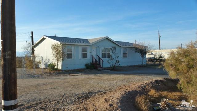 9533 Avenue B, Bombay Beach, CA 92257 (MLS #218004462) :: Hacienda Group Inc