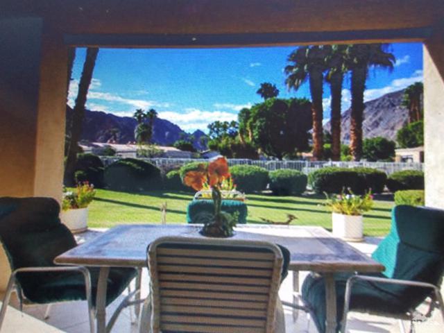 78595 Vista Del Sol, Indian Wells, CA 92210 (MLS #218009662) :: Brad Schmett Real Estate Group