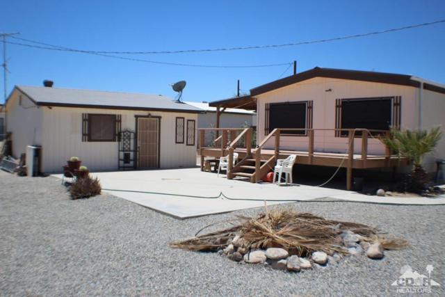 2876 Crystal Lake Avenue, Salton City, CA 92274 (MLS #218019792) :: Brad Schmett Real Estate Group