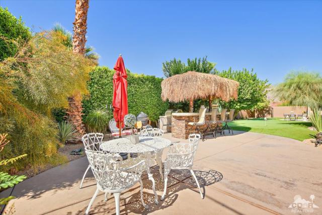 51200 Calle Paloma, La Quinta, CA 92253 (MLS #218022780) :: The John Jay Group - Bennion Deville Homes