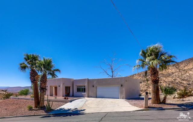 9137 Calle De Vecinos, Desert Hot Springs, CA 92240 (MLS #218024490) :: Team Wasserman