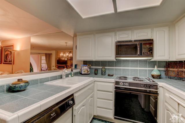 500 E Amado Road #205, Palm Springs, CA 92262 (MLS #218025912) :: Brad Schmett Real Estate Group