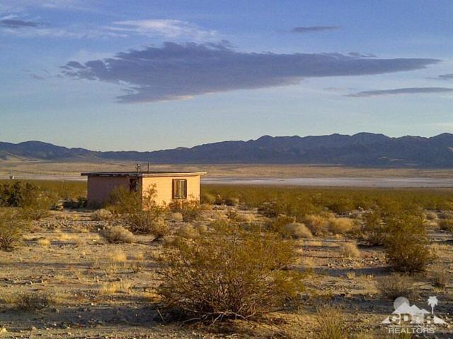 3975 Amboy Road, 29 Palms, CA 92277 (MLS #218026666) :: Team Wasserman
