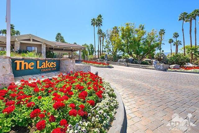 241 Green Mountain Drive, Palm Desert, CA 92211 (MLS #218032984) :: The Jelmberg Team