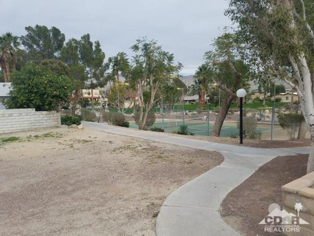 65565 Acoma Avenue, Desert Hot Springs, CA 92240 (MLS #219003791) :: Hacienda Group Inc