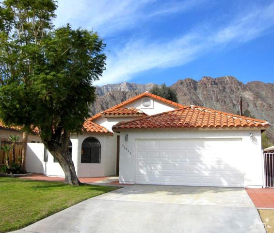 52045 Avenida Alvarado, La Quinta, CA 92253 (MLS #219005735) :: Brad Schmett Real Estate Group