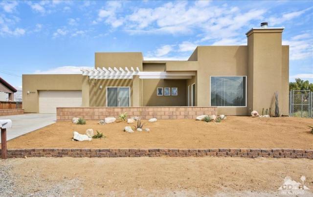 67536 Hatchet Cactus Drive, Desert Hot Springs, CA 92241 (MLS #219008025) :: Brad Schmett Real Estate Group