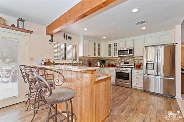 9060 Jones Court, Desert Hot Springs, CA 92240 (MLS #219016811) :: The John Jay Group - Bennion Deville Homes