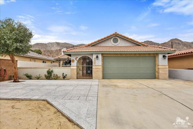 51705 Avenida Herrera, La Quinta, CA 92253 (MLS #219017925) :: Hacienda Group Inc