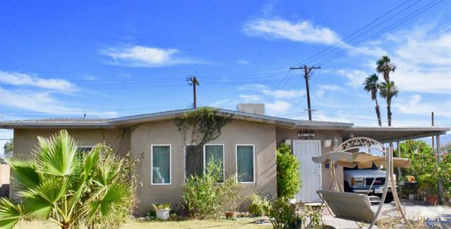82561 Mountian View Ave Avenue, Indio, CA 92201 (MLS #219018651) :: The Sandi Phillips Team