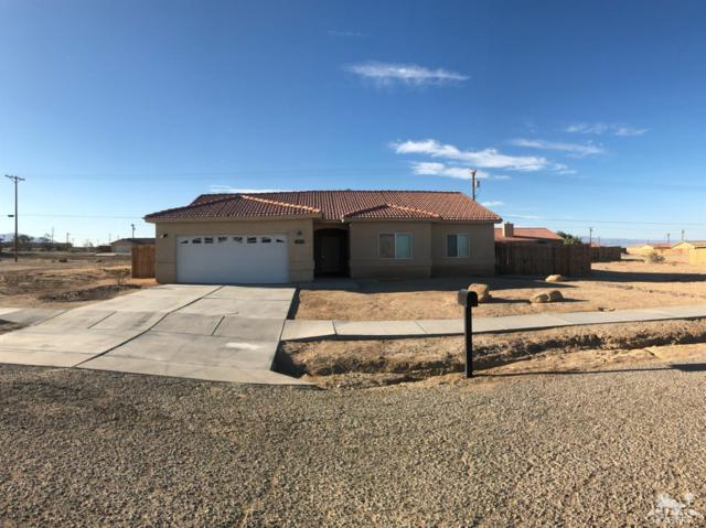 1378 Curtis Ave Avenue, Salton City, CA 92274 (MLS #219018877) :: Brad Schmett Real Estate Group