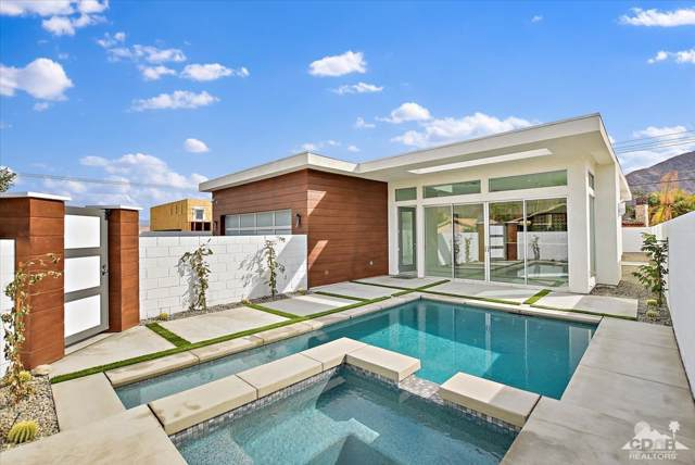 53900 Avenida Martinez, La Quinta, CA 92253 (MLS #219022407) :: Bennion Deville Homes