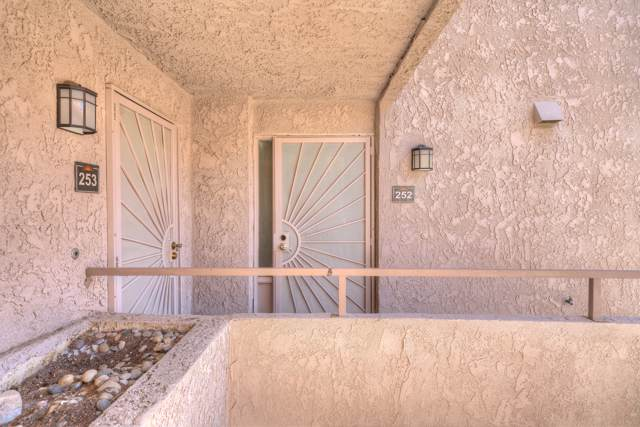 280 S Avenida Caballeros, Palm Springs, CA 92262 (MLS #219030532) :: The Sandi Phillips Team