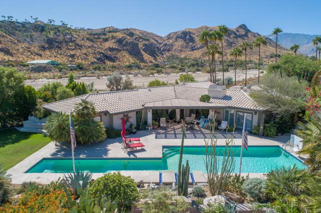 2990 Araby Circle, Palm Springs, CA 92264 (MLS #219031488) :: The Sandi Phillips Team