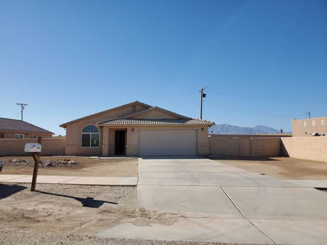 1985 Bell Ct Court, Thermal, CA 92274 (MLS #219033058) :: The Jelmberg Team