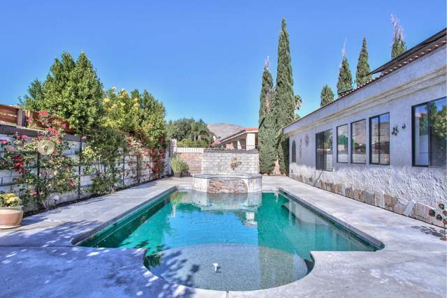 9625 Warwick Drive, Desert Hot Springs, CA 92240 (#219033956) :: The Pratt Group