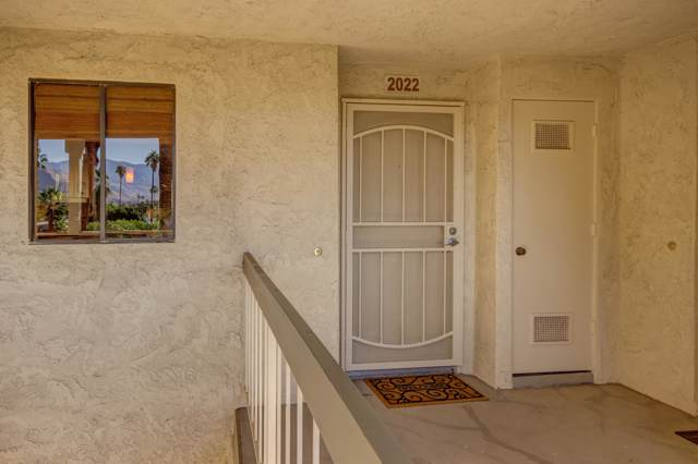 450 E Vista Chino, Palm Springs, CA 92262 (MLS #219034169) :: The John Jay Group - Bennion Deville Homes