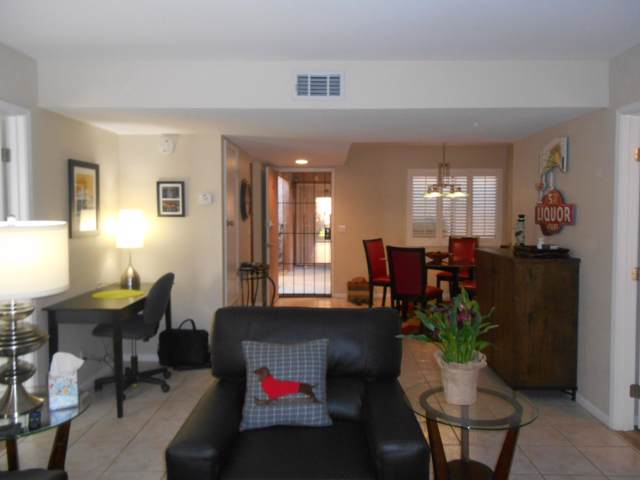 1050 E Ramon Road, Palm Springs, CA 92264 (MLS #219034553) :: The John Jay Group - Bennion Deville Homes