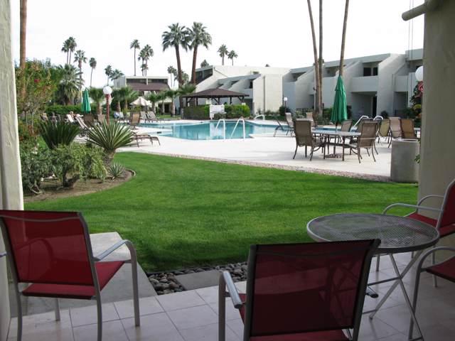 1655 E Palm Canyon Drive, Palm Springs, CA 92264 (MLS #219035040) :: The John Jay Group - Bennion Deville Homes