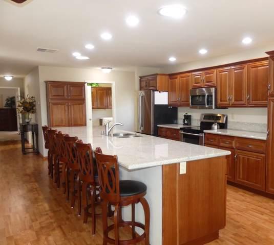 39822 Chimney Flats Dr. Drive, Palm Desert, CA 92260 (MLS #219035261) :: The Sandi Phillips Team