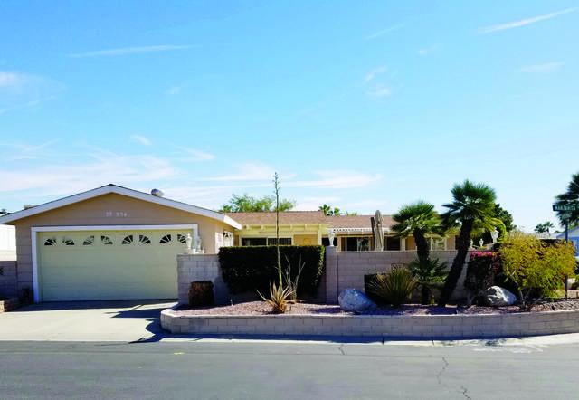 73854 Seven Springs Drive, Palm Desert, CA 92260 (MLS #219038888) :: The Jelmberg Team