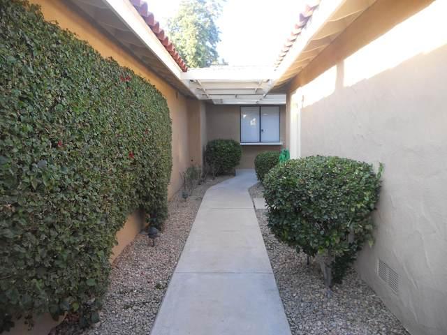 238 La Paz Way, Palm Desert, CA 92260 (MLS #219039235) :: The Sandi Phillips Team