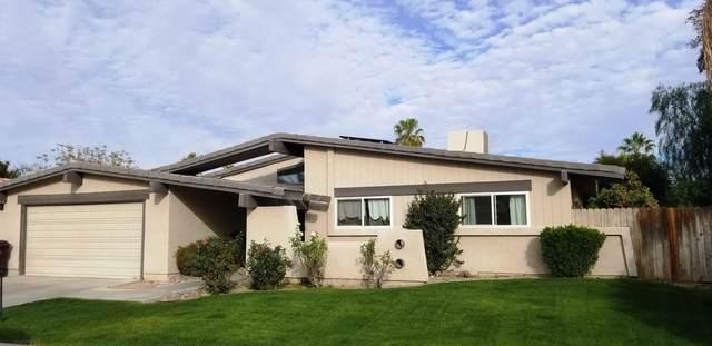 43210 Silk Tree Lane, Palm Desert, CA 92260 (MLS #219039374) :: Brad Schmett Real Estate Group